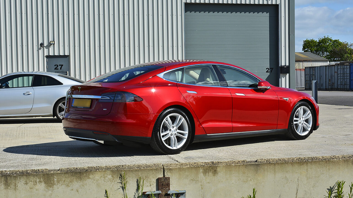 Tesla Model S 85 - Gtechniq New Car Detail with Crystal Serum | Exclusive Car Care 14