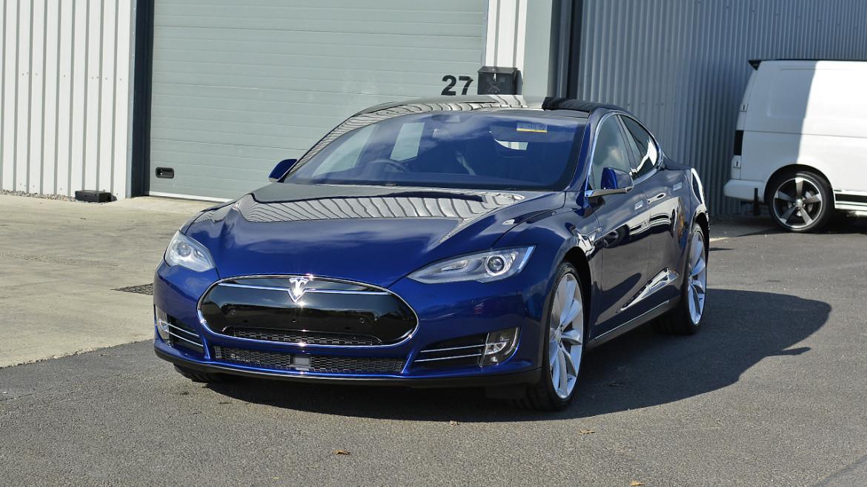 Tesla P90D - Gtechniq CS Black New Car Protection Detail | Exclusive Car Care 27