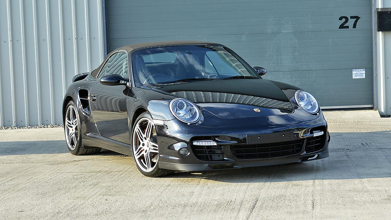 Porsche 997 Turbo Cabriolet - Gtechniq Crystal Serum Black   Exclusive Car Care 32