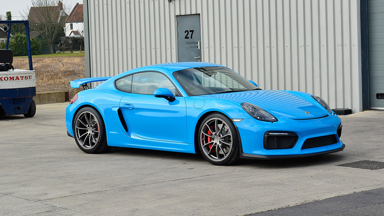 Mexico Blue Porsche Cayman GT4