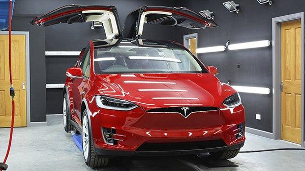 Tesla Model X - New Car Detail