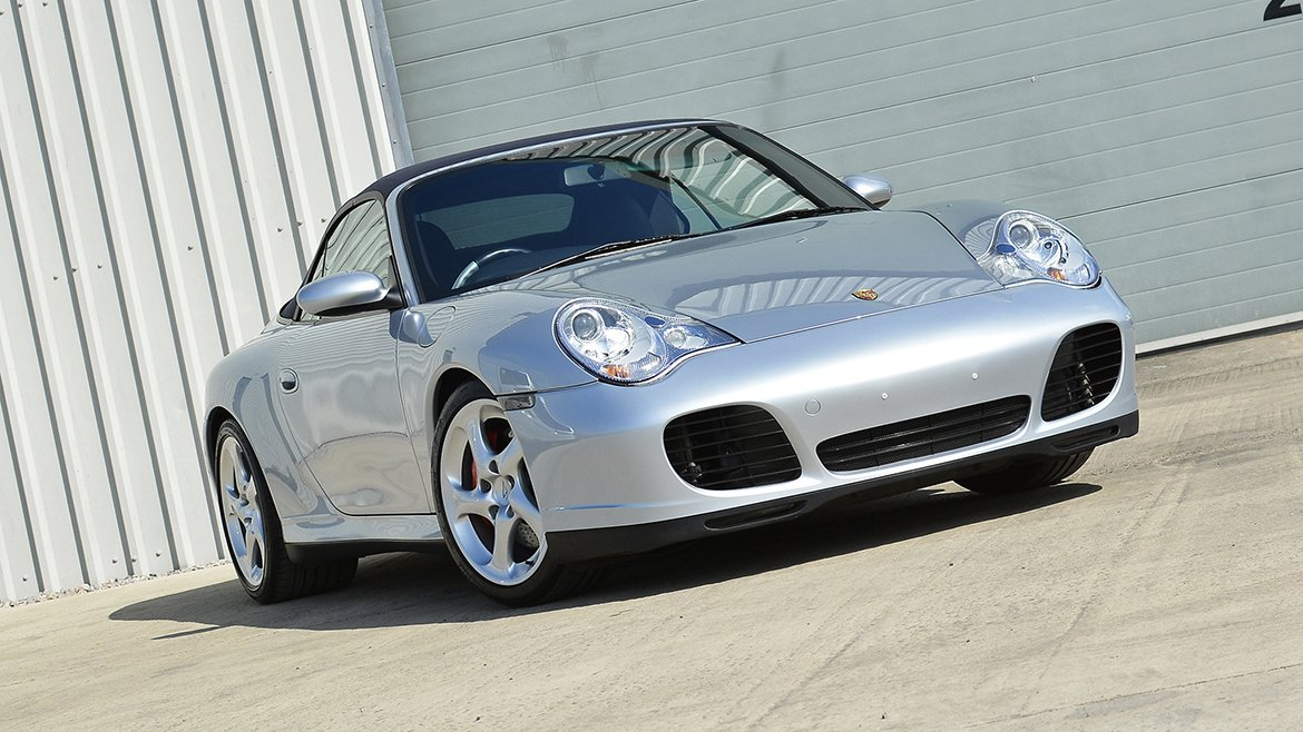 Protecting a Porsche 911 (996) with Paint Protection Film | Exclusive Car Care 19