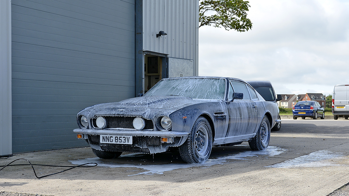 1979 Aston Martin V8 Protected with GYEON Q2 Mohs+ | Exclusive Car Care 1