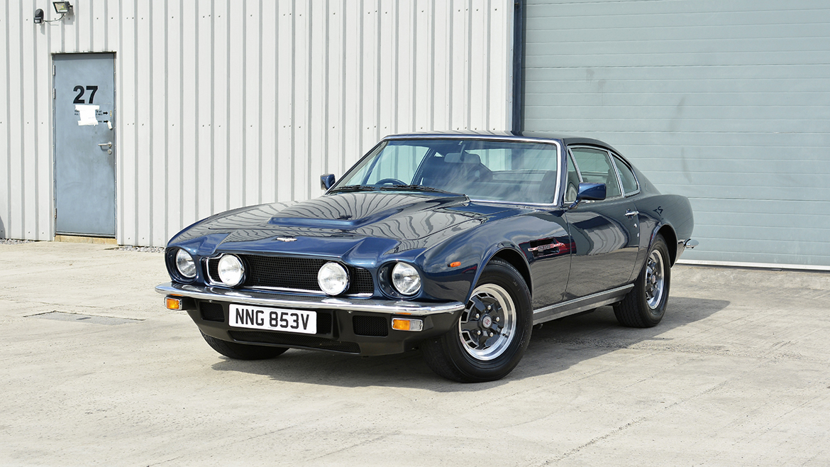 1979 Aston Martin V8 Protected with GYEON Q2 Mohs+ | Exclusive Car Care 21