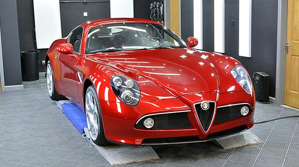 Alfa Romeo 8C Competizione - Automotive Detailing