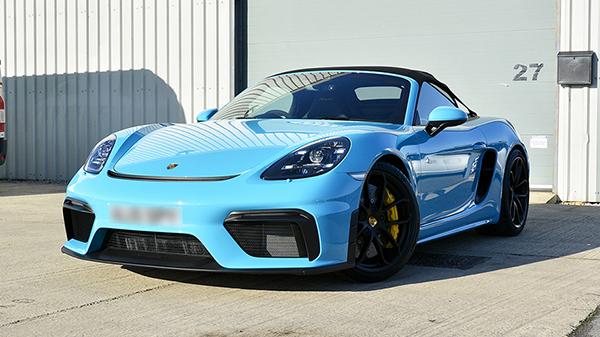 Porsche 718 Spyder - Porsche Cayman