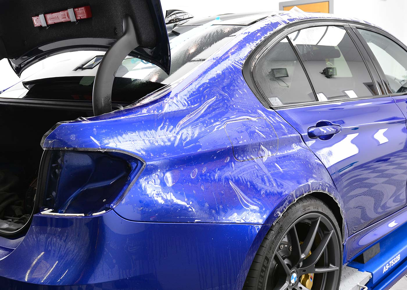 Paint Protection Film For Gloss Paint Finishes